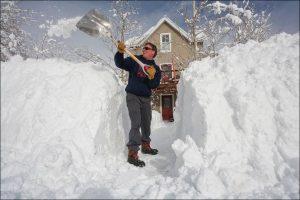 Скрепер для уборки снега snowxpert 143001